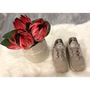 ✨👟 Boys Adidas Sneakers (8)